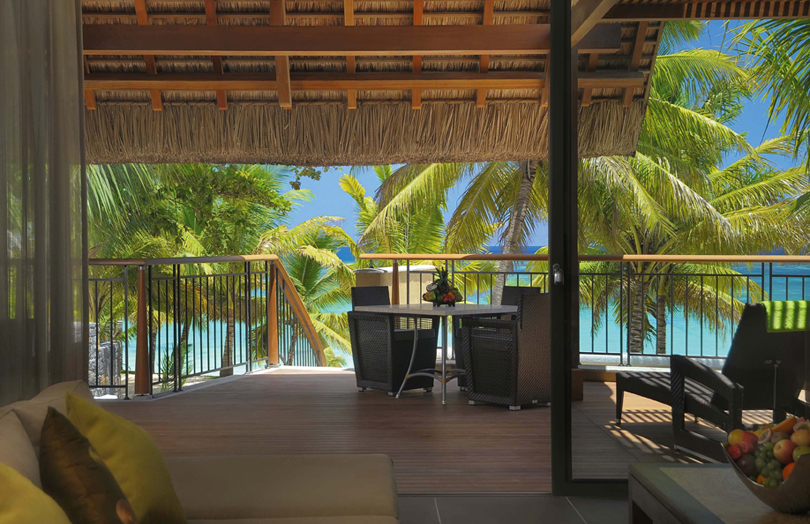 Отель Beachcomber Trou aux Biches Resort & Spa. Номер Beach Front Senior Pool Suite.