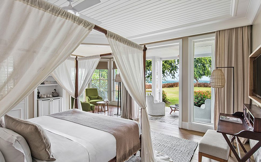 Heritage Le Telfair Golf Spa Resort отель номер Junior Suite Garden View