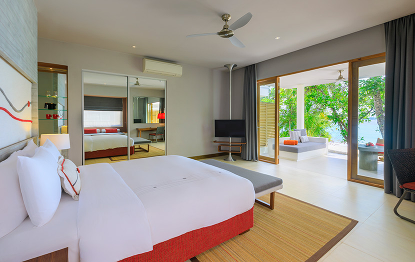 Отель Dhigali Maldives Beach Villas
