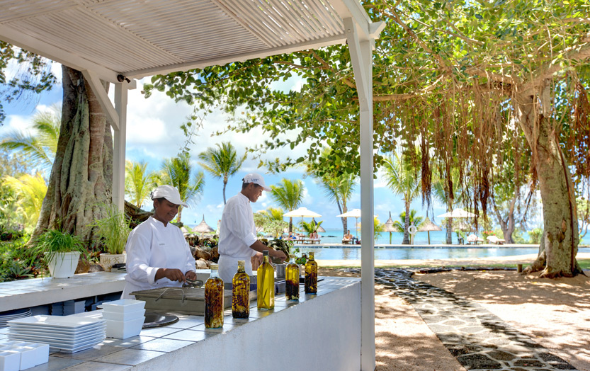 Отель Lux Grand Gaube - киоск Banyan - The Island Kitchen
