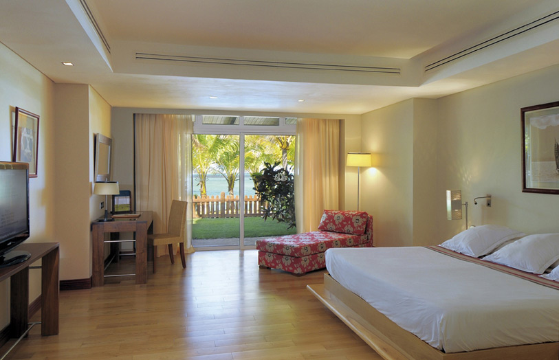 Отель Beachcomber Shandrani Resort & Spa. Family Suite