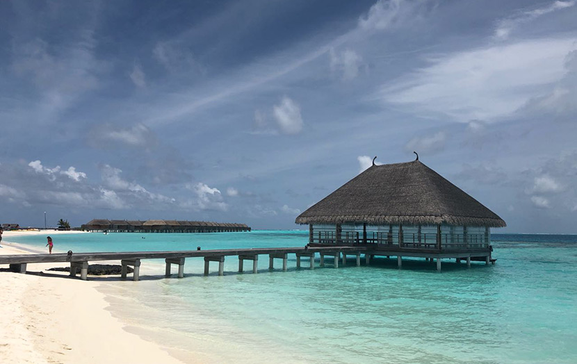 Honeymooners Jetty Мальдивы сonstance moofushi