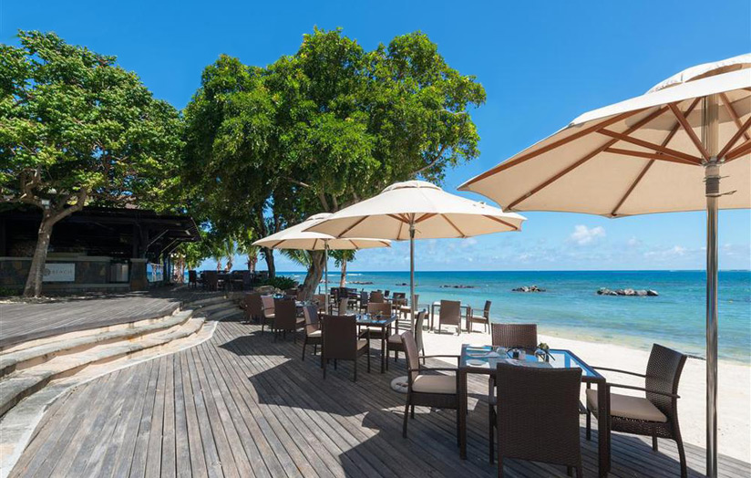 Отель The Westin Turtle Bay Resort & Spa Mauritius. Ресторан Beach Grill.